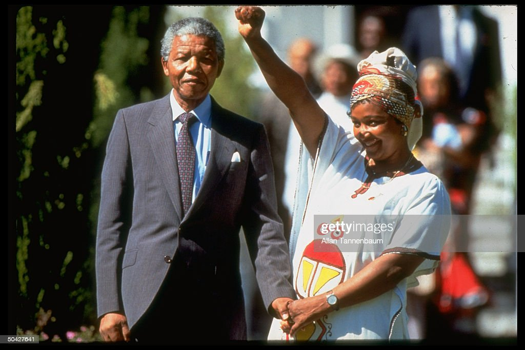 Nelson R. Mandela [& Wife];Winnie Mandela : News Photo
