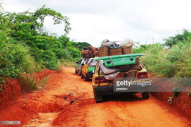 アフリカのブッシュのタクシー