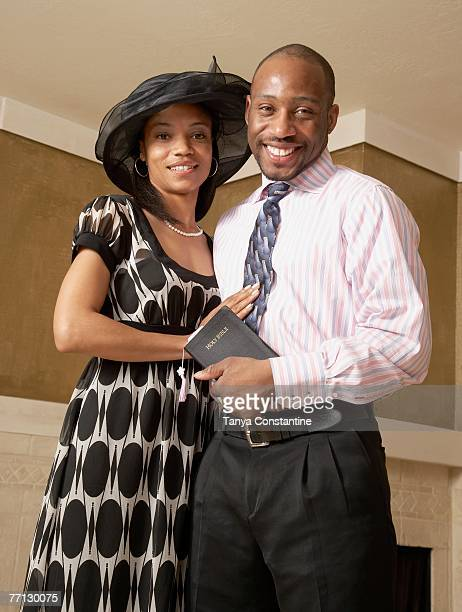 african couple dressed for church - 一張羅 ストックフォトと画像
