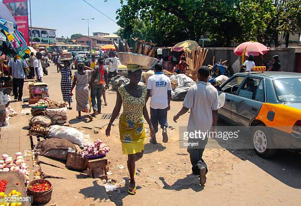 african market in accra, ghana - ghana stock pictures, royalty-free photos & images