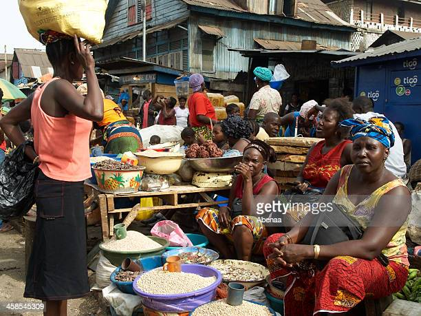 african market - freetown sierra leone stock pictures, royalty-free photos & images