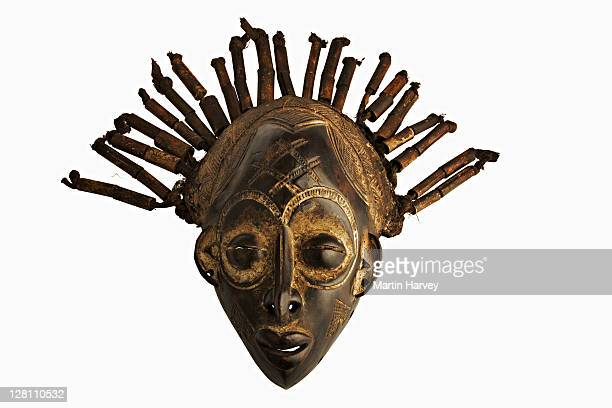 african mask. masks are part of ceremonial costumes and are used in social and religious events. from cameroon and used to celebrate good harvests - cameroon stock pictures, royalty-free photos & images