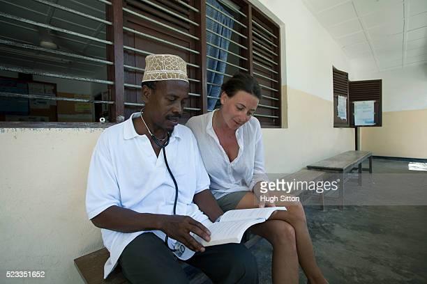 african medical clinic. tanzania. africa. - hugh sitton stockfoto's en -beelden