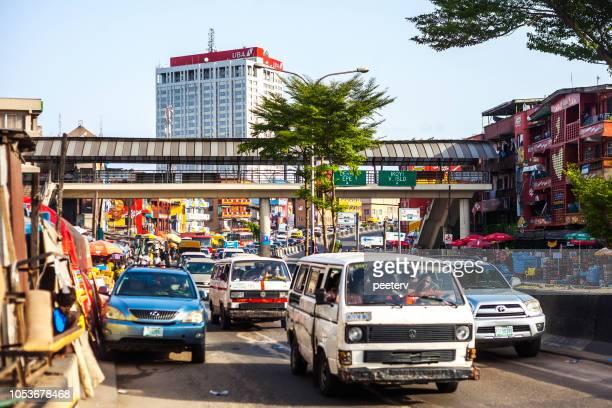 afrikaanse megacity verkeer - lagos, nigeria - lagos nigeria stockfoto's en -beelden