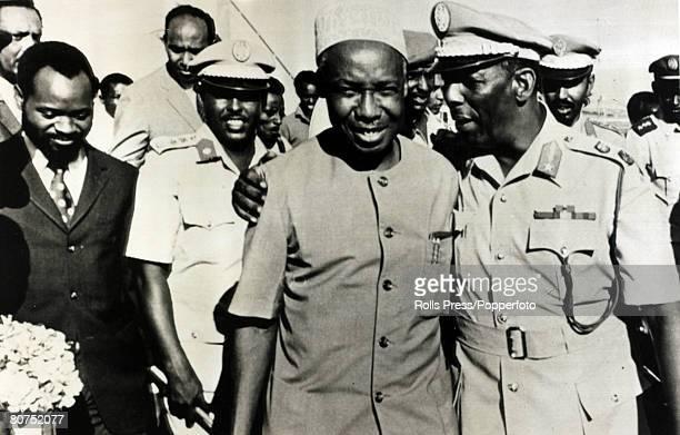 African Politics, Personalities, pic: 12th June 1974, Mogadishu, President of Somalia Said Barre puts his arm aroung Tanzanian President Julius...