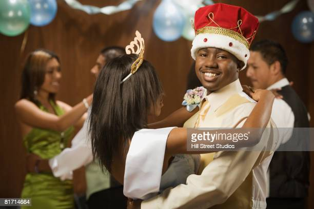 african prom king and queen dancing - prom stock pictures, royalty-free photos & images