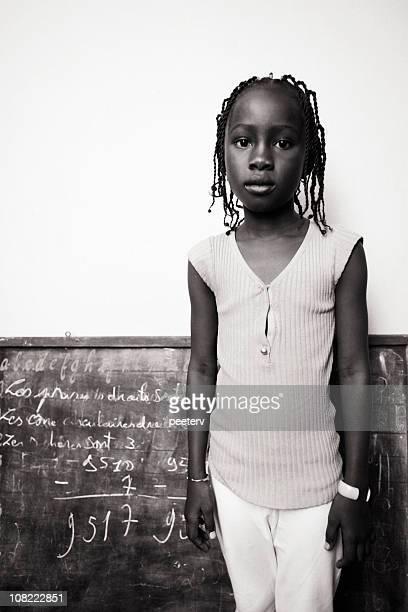 afrikanische schulkind-nur mädchen - hausa stock-fotos und bilder