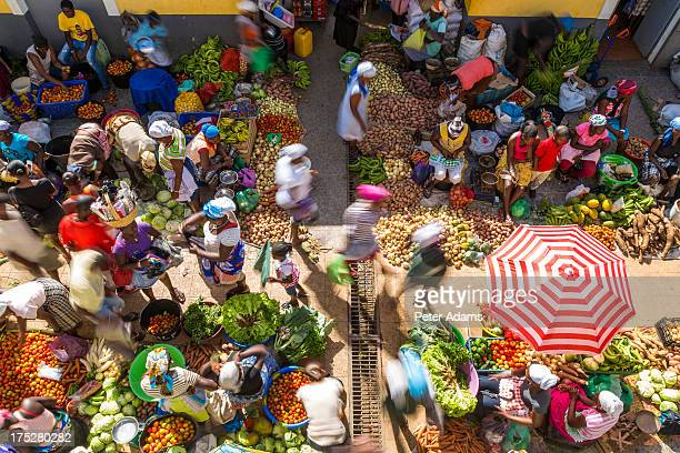 african vegetable market assomada, santiago island - cape verde stock pictures, royalty-free photos & images