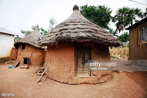 african village scene. - togo fotografías e imágenes de stock