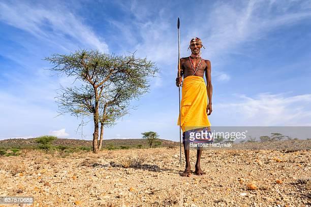african guerrier de samburu tribe, le centre du kenya, afrique de l'est - masai photos et images de collection