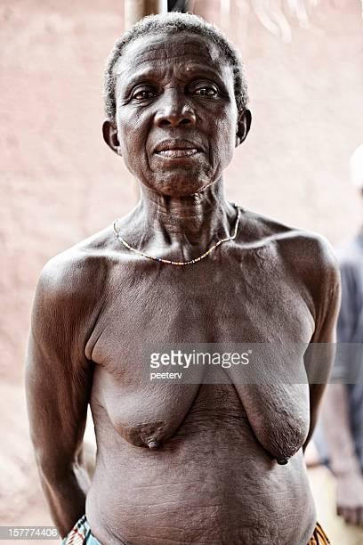 afrikanische frau. - senioren aktfotos stock-fotos und bilder