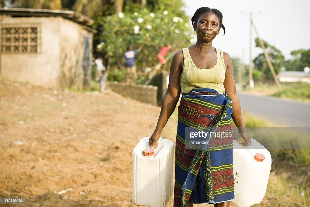 Mujer africana : Foto de stock