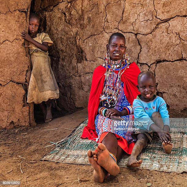 african woman sitting with her baby, kenya, east africa - african tribal culture stock pictures, royalty-free photos & images