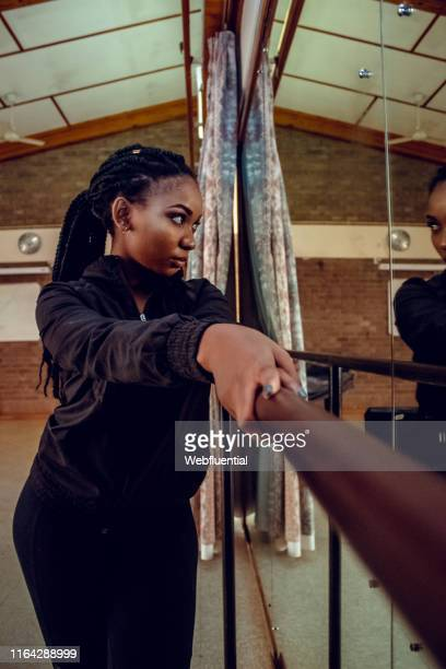 african women exercising - webfluential stock pictures, royalty-free photos & images