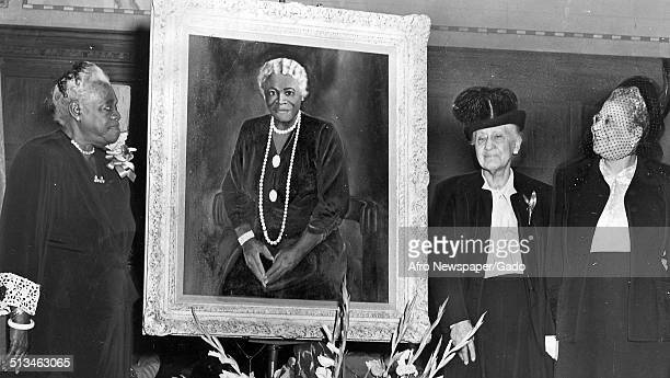 AfricanAmerican members of the National Council of Negro Women with a portrait of Mary McLeod Bethune 1943