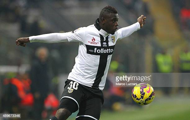 Afriyie Acquah of Parma FC controls the ball during the Serie A match between Parma FC and Empoli FC at Stadio Ennio Tardini on November 23 2014 in...