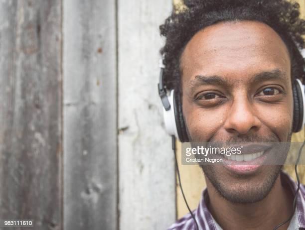 afro american boy portrait - cristian neri foto e immagini stock