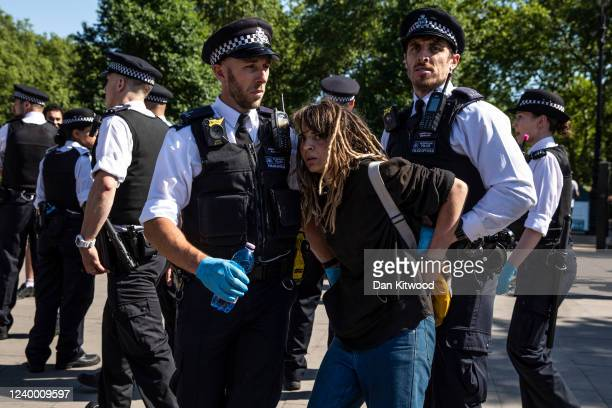 After a predominantly peaceful protest, arrests of a few people who allegedly wouldn't move on from the area, are made after a 'Black Lives Matter'...