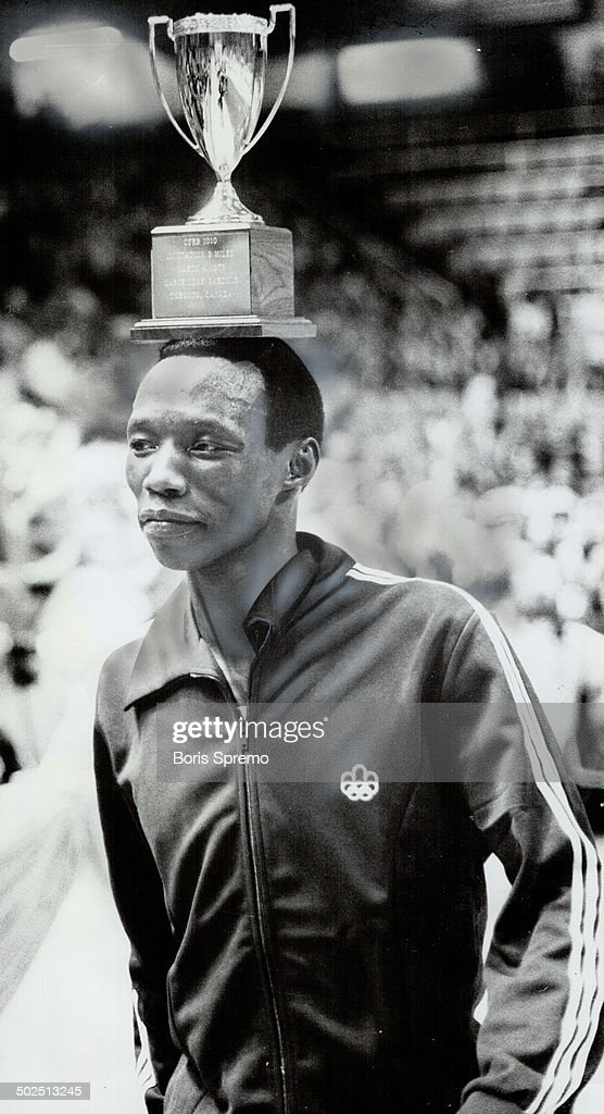 After another: Suleiman Nyambui; the 1980 Olympic silver medal list over 5;000 metres; will be meeti : News Photo