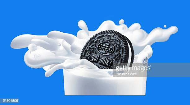 MILK OREO After Dunking for Decades Oreo and Milk Take the Plunge Two of America's beloved cultural icons joined hands today in snacking matrimony...