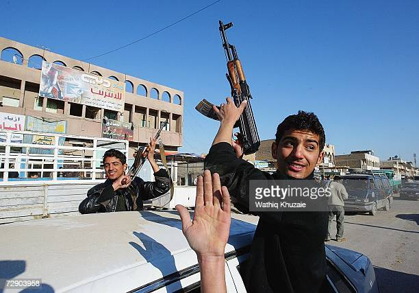 After hearing news about the execution of the former Iraqi president Saddam Hussein Iraqi's gather on the streets of Sadr City on December 30 2006 in...
