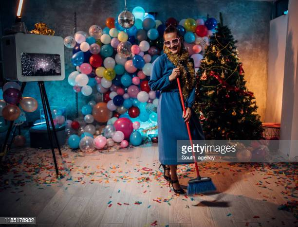 after party cleaning is fun - messy house after party stock pictures, royalty-free photos & images