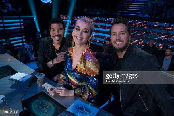 IDOL 113 After solo and celebrity duet performances with the top 24 contestants the judges narrowed down the field to the top 14 finalists Now the...