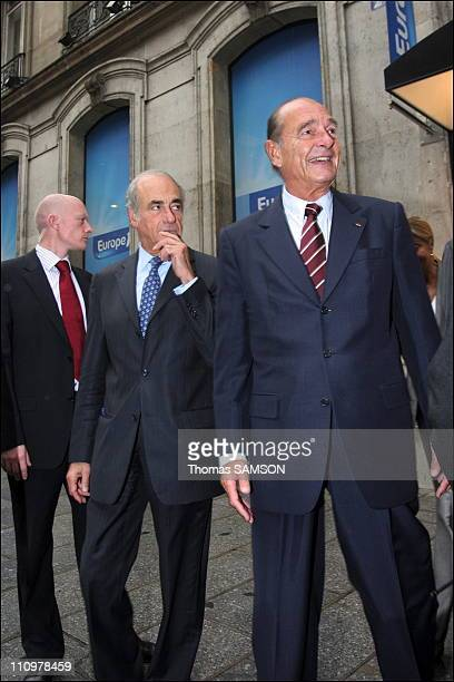 After the interview JeanPierre Elkabbach accompanies Jacques Chirac to his car in Paris France on September 18th 2006
