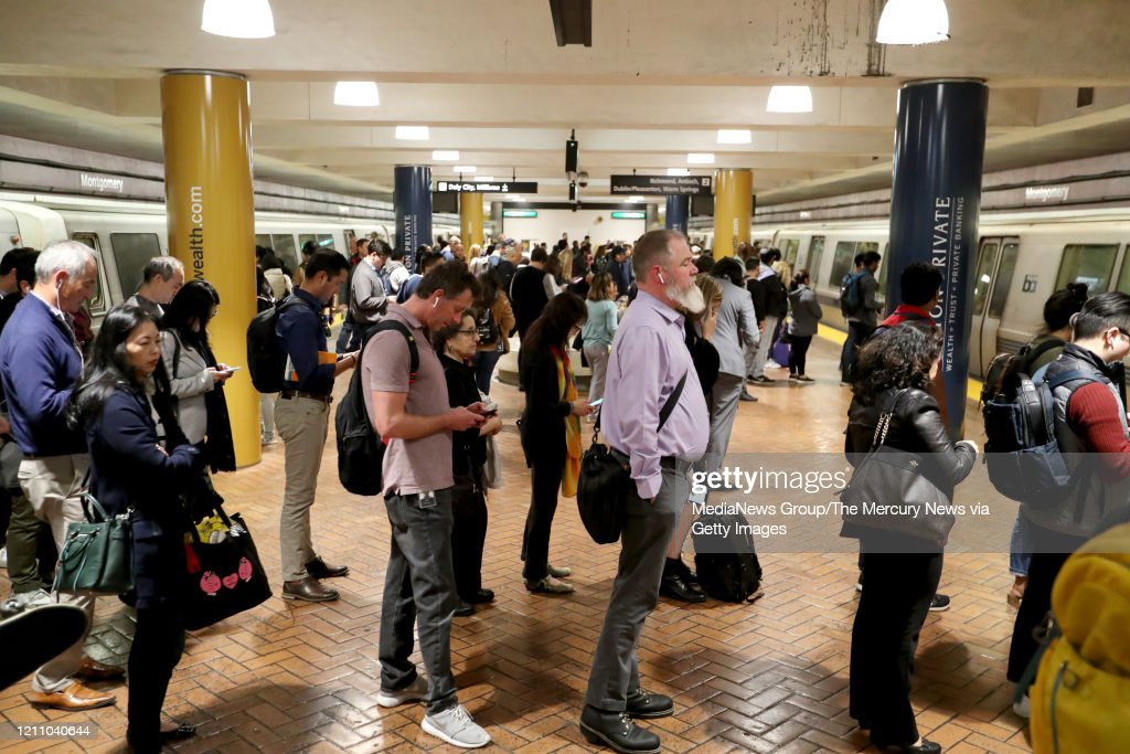 BART COMMUTERS/CORONAVIRUS : News Photo