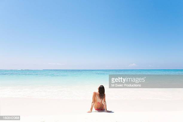 afternoon light - cancun stock pictures, royalty-free photos & images