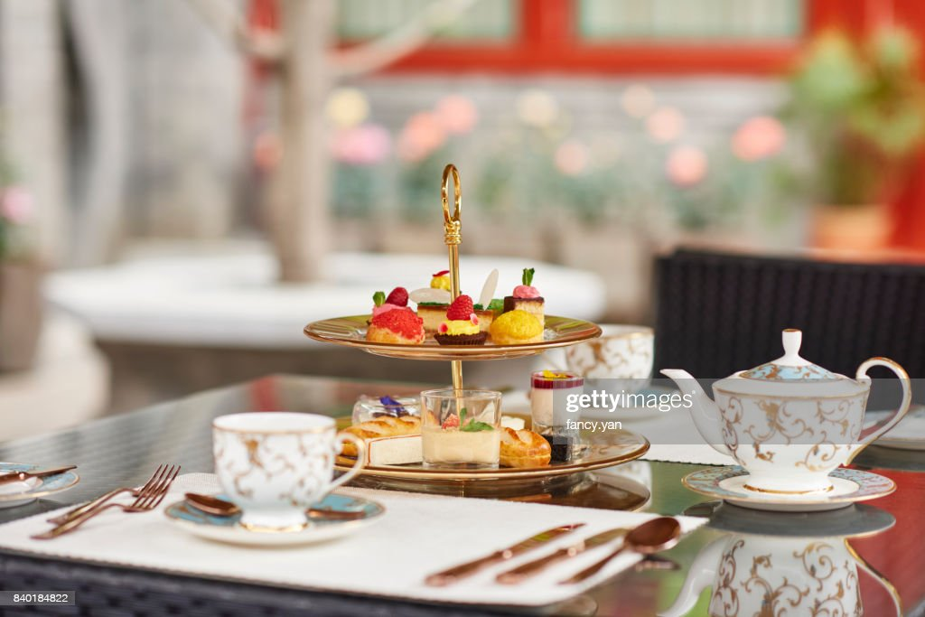 Afternoon tea in a garden & Afternoon Tea Table Setting Stock Photos and Pictures | Getty Images