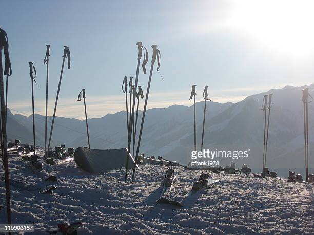 afterski - apres ski stock pictures, royalty-free photos & images