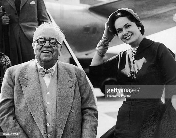 Aga Khan Iii And His Wife, The Begum Yvette Labrousse Upon Their Arrival At The London Airport On July 14, 1953.
