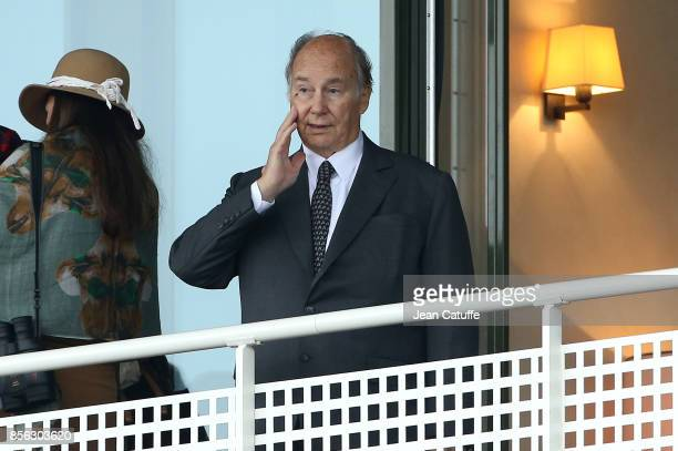 Aga Khan IV Prince Shah Karim Al Hussaini attends Qatar Prix de l'Arc de Triomphe 2017 at Hippodrome de Chantilly racecourse on October 1 2017 in...