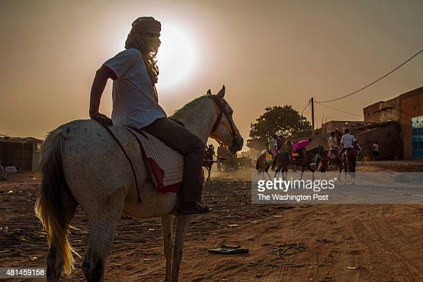 AGADEZ NIGER Agadez is the largest city in central Niger with an estimated population of over 120000 people This city comprised mainly of onestory...