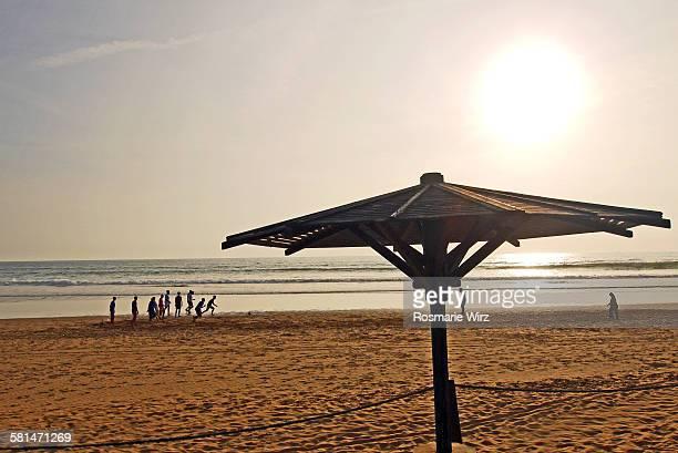 agadir beach sunset - agadir photos et images de collection