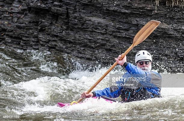 contra corriente (2) - río swift fotografías e imágenes de stock