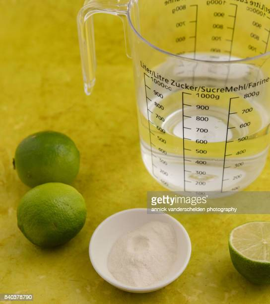 Agar-agar, water and limes.