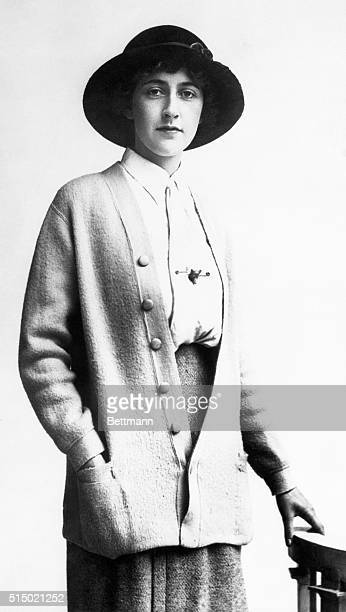 Agatha Christie who has mysteriously disappeared in England 1926