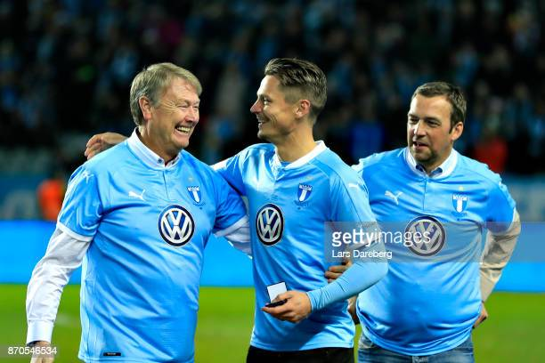 Age Hareide Markus Rosenberg and Allan Kuhn during the allsvenskan match between Malmo FF and BK Hacken at Swedbank Stadion on November 5 2017 in...