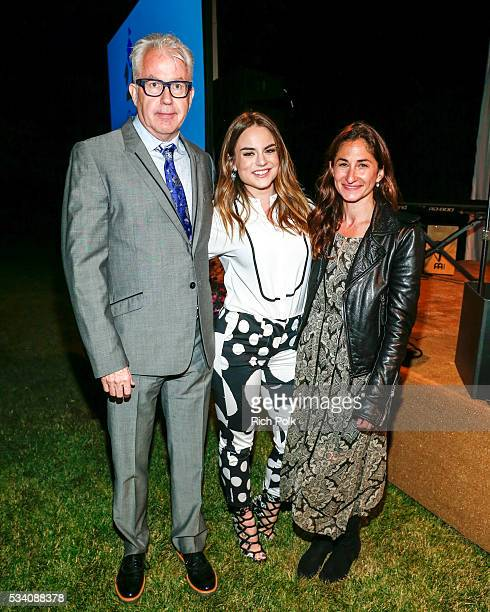 Agent Brian Loucks singersongwriter JoJo and Executive Director CISLA Deborah Marcus attend the communities in schools of Los Angeles annual gala on...