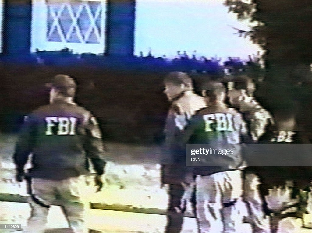 fbi video shows arrest of robert hanssen pictures