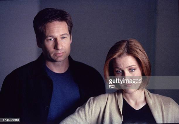 Agents Mulder and Scully in the Alone episode of THE XFILES which originally aired on Sun May 6 2001 on FOX Episode was directed by co executive...