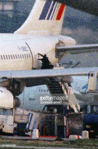 Agents of the special crack force of the French police try to get into the Airbus A-300, 26 December 1994 ,which was being held by Islamic extremists...