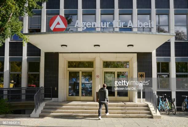 Agentur fuer Arbeit Haendelplatz Steglitz Berlin Deutschland / Händelplatz