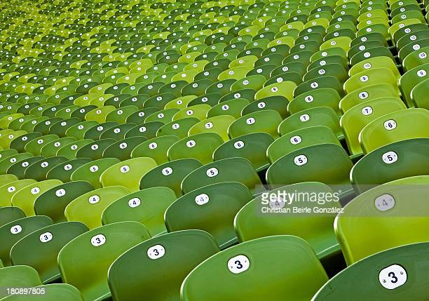 agglomeration of green chairs - christian beirle foto e immagini stock