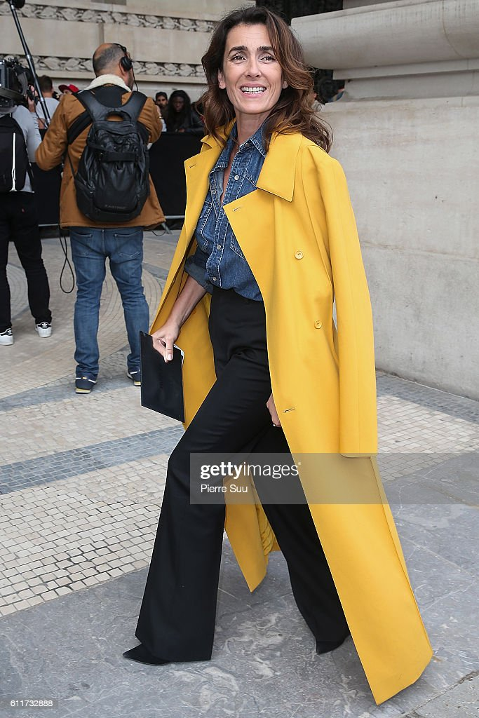 Agnes Boulard arrives at the Mugler show as part of the Paris Fashion Week Womenswear Spring/Summer 2017 on October 1, 2016 in Paris, France.
