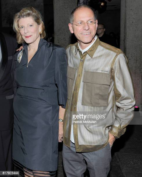 Agnes Gund and Craig Starr attend WHITNEY MUSEUM hosts 90th Birthday celebration for EMILY FISHER LANDAU at The Whitney on September 27th 2010 in New...