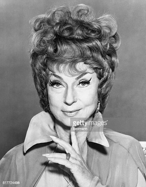 Agnes Moorehead as Endora the mother of the main character on 'Bewitched'