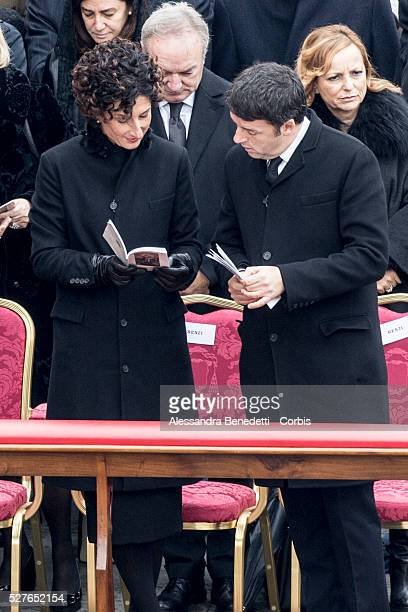 Agnese and Matteo Renzi attend the inaugural ceremony led by Pope Francis of the extraordinary Jubileum of Mercy